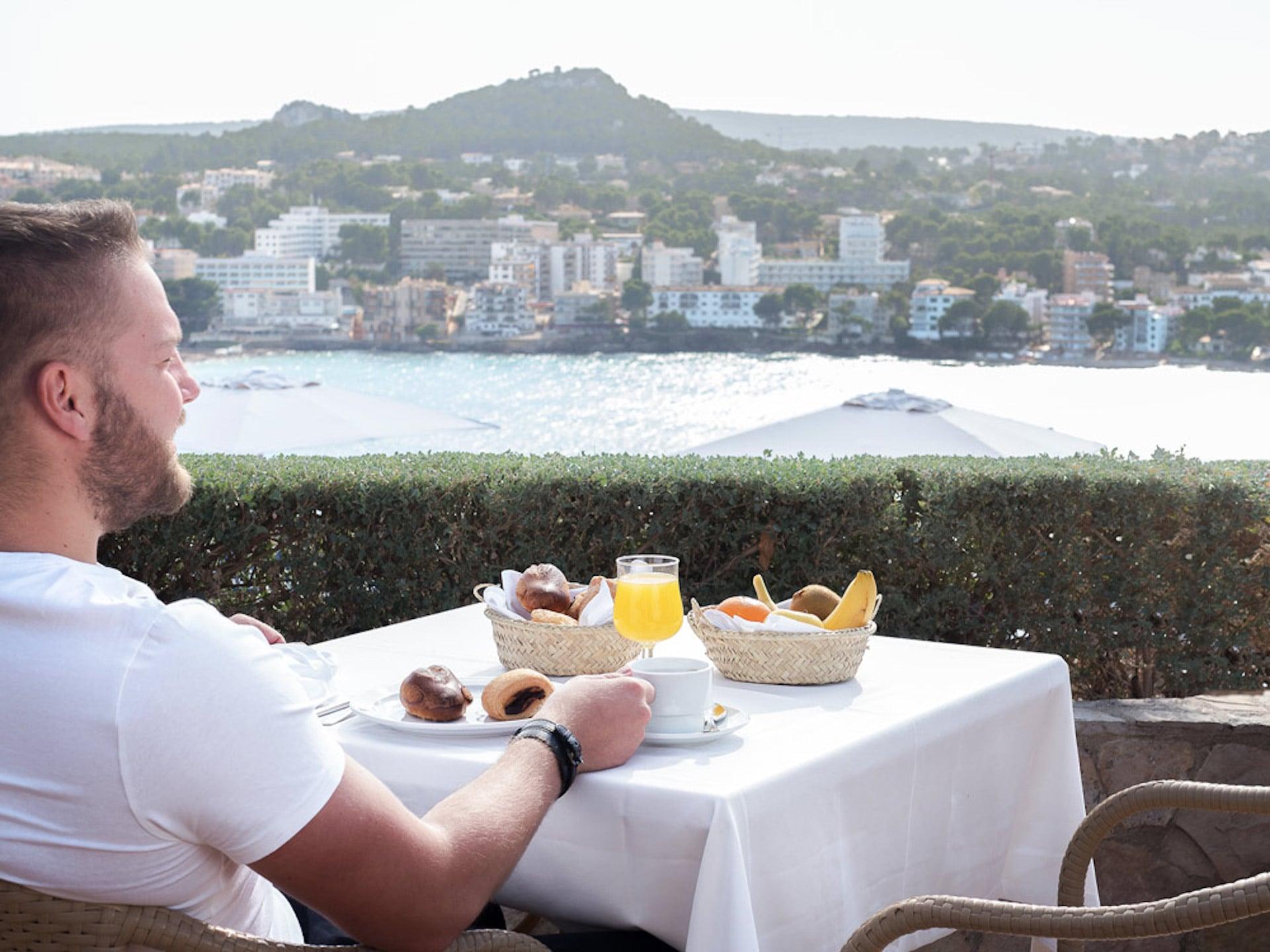 Desayuno en Club Santa Ponsa